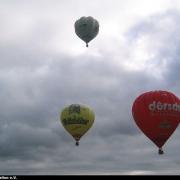 Drei Ballone in der Luft bei Erlangen