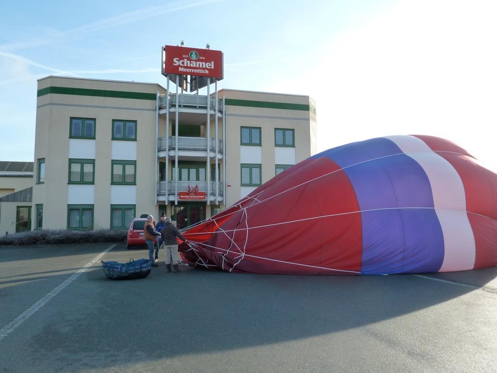 Ballonfahrt mit Landung bei der Firma Schamel